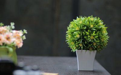 3 интериорни идеи с изкуствени цветя